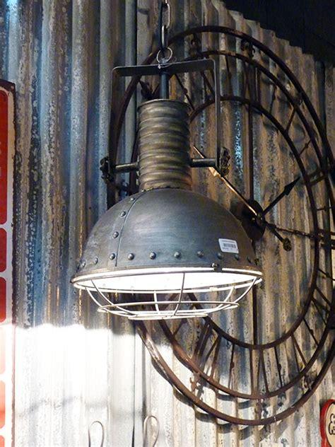 distributeur papier cuisine suspension style industriel déco industrielle antic line