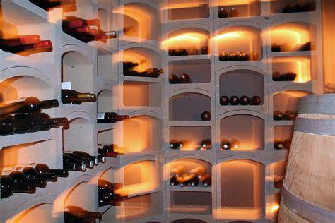 casier  bouteilles de vin pierre blanche  bouteilles demi