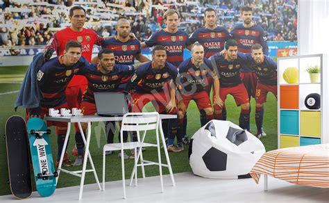 Tapisserie Football by Papiers Peints Football Mur Aux Dimensions Myloview Fr