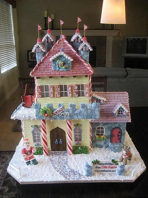 awesome gingerbread houses amazing traditional christmas gingerbread houses