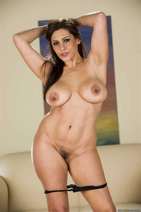 Naked Woman Likes Posing For The Camera Photos Raylene