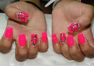 Ongle En Gel Ete 2016 : deco ongles ongles gel rose fluo fleurs strass motifs t ~ Farleysfitness.com Idées de Décoration