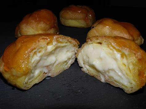dessert a la creme patissiere dessert choux 224 la cr 232 me p 226 tissi 232 re et 224 la chantilly napp 233 s de caramel terre et mar