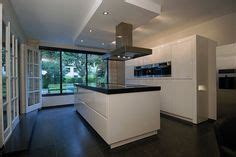 kitchen cabinets in a box siematic s2 kitchen i can t believe this is called an s2 8067