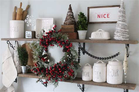 Christmas Tablescape And Diy Centerpiece  Simple Cozy Charm