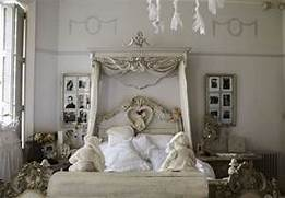 Beautiful Shabby Chic Style Creamy Brown Bedroom Design Ideas With Dishfunctional Designs Don 39 T Fence Me In Creative Uses For Old And Nature Tend Not To Miss The Chance To Decorate Your Bedroom Shabby Chic Teal Bedrooms Shabby Chic Gallery Dwellinggawker