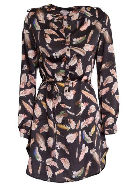 l met veren 25 beste idee 235 n over veren jurk op pinterest veer mode