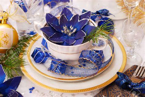ideas de decoracion de navidad en blanco  azul