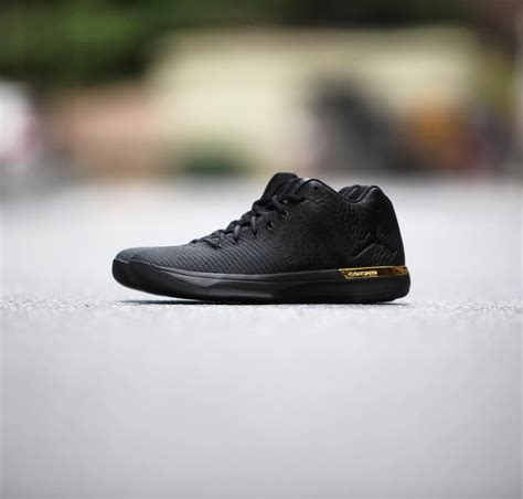 Up Close And Personal With The Air Jordan Xxxi Low Black