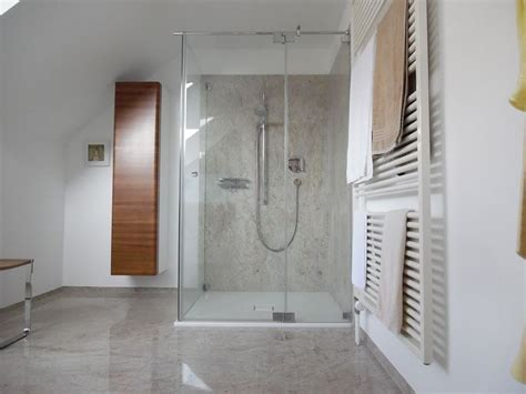 Badezimmer Fliesen Hell by Helle Fliesengestaltung Bad Dusche
