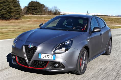 Alfa Romeo Giulietta Facelift Revealed Auto Express