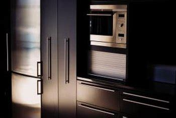 standard kitchen pantry cabinet sizes home guides sf gate