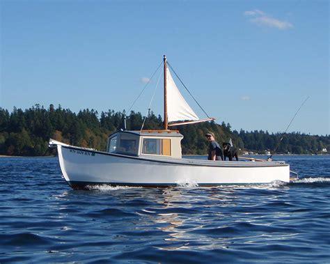 chinook  plans devlin designing boat builders