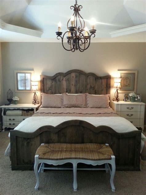 30 Farmhouse Bedroom Decor Ideas For Comfortable Antique