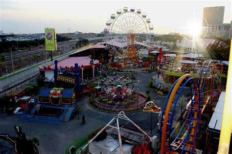 pasar malam  surabaya carnival night market wisata