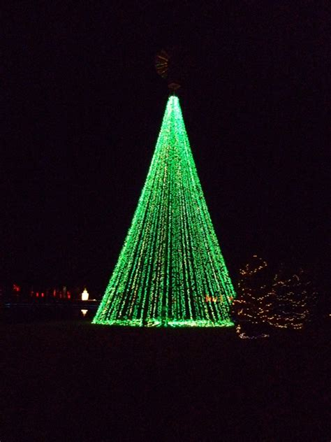 lu mil christmas lights lu mil vineyard quot festival of lights quot you dont want to