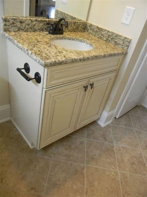 pull kitchen cabinets 1000 ideas about santa cecilia granite on 4435