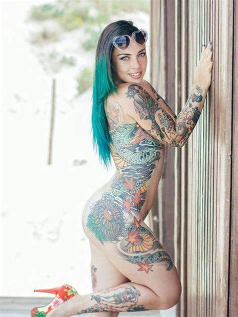 Tattooed hot women nude