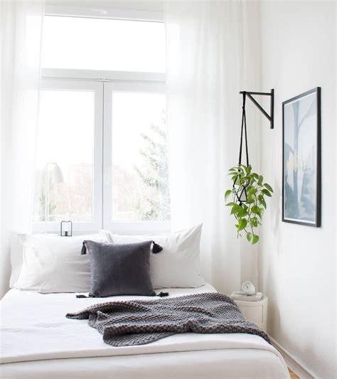 deco mur blanc idees originales petites chambres