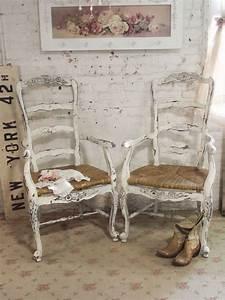 Was Ist Shabby Chic : shabby chic chairs ~ Orissabook.com Haus und Dekorationen