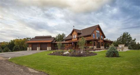 This Family-owned Company Designs Beautiful Barn Homes