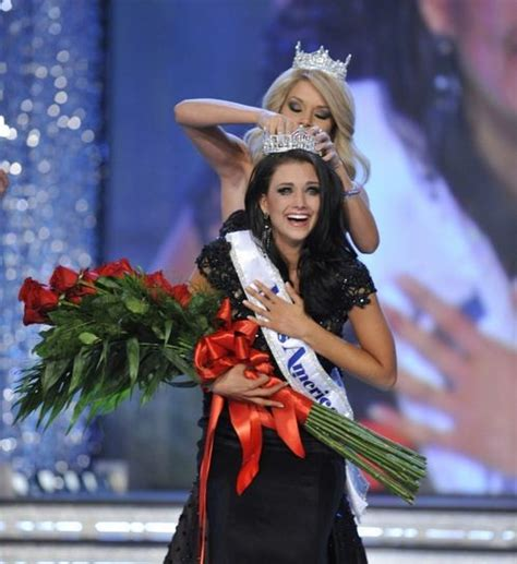 america       pageant ceremony