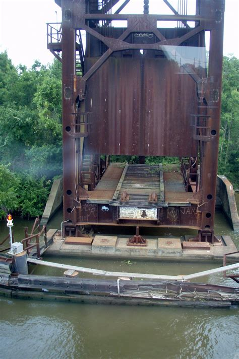 bridgehuntercom  houma lift bridge