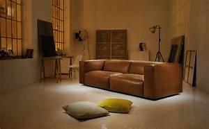 Canape Droit 4 5 Places : canap droit cloud 2 places l 220 cm cuir marron ~ Teatrodelosmanantiales.com Idées de Décoration