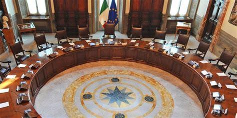 consiglio dei ministri dell unione europea il presidente consiglio dei ministri dallo stato