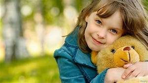 Cute Little Girl With Her Teddy Bear HD Wallpaper | Cute ...