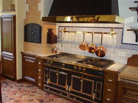 les cuisines à vivre cuisine louis xiii cuisiniste