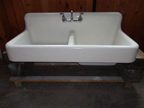 cast iron farmhouse kitchen sinks antique cast iron farm farmhouse kitchen sink w apron 8063