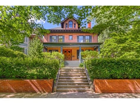 Minneapolis Bed And Breakfast by Historic District Bed Breakfast A St Paul Bed And