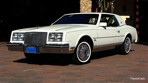85 Buick Riviera by 1985 Buick Riviera 43k