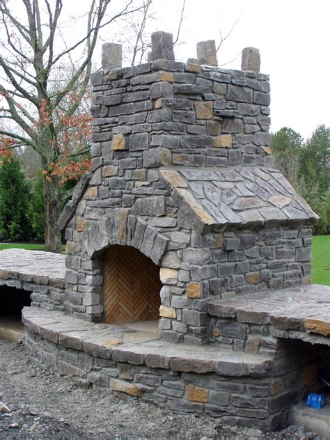 how to build an outdoor fireplace how to build an outdoor fireplace casual cottage
