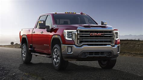 2020 gmc 2500 vs chevy 2500 gmc takes the wraps the new 2020 heavy duty in