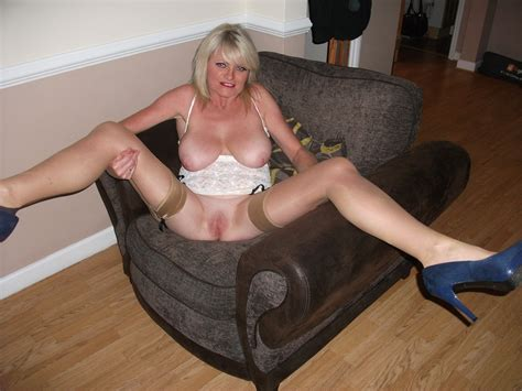 Naughty Mummy Page 1 Sean 064  In Gallery Uk Amateur
