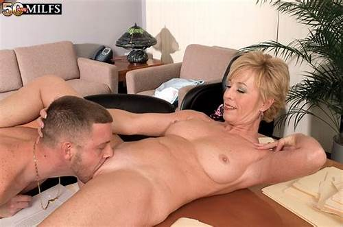 Mom Ass Short Haired Stepfathers Nice Fit #Mature #Sex