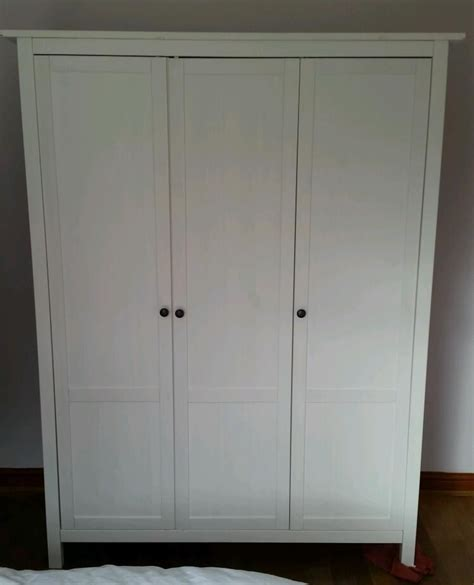 Hemnes Kleiderschrank Ikea by 3 Door Ikea Hemnes White Wardrobe 2 Hanging Rails In