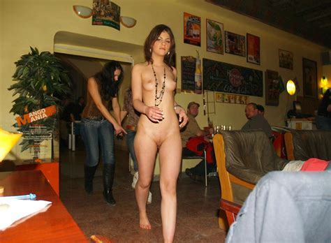 Pnip Jpeg In Gallery Naked Barmaid Series Picture Uploaded By Terripop On ImageFap Com