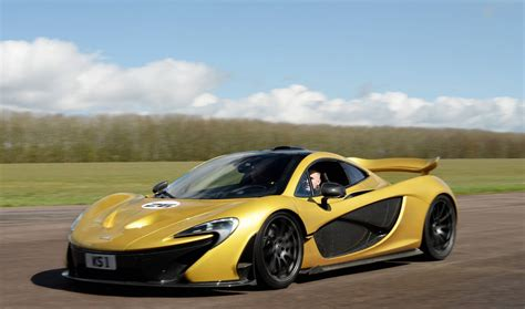 Top Ten Fastest 200mph Supercars