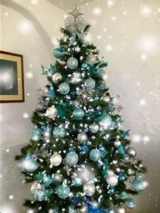 blue green christmas tree Design Decoration