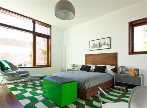chambre verte et blanche 12 idées de déco pour une chambre rafraîchissante en vert