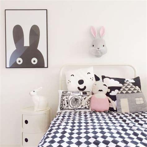 chambres bebe  enfant en noir  blanc