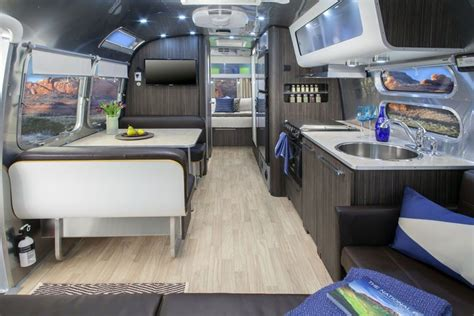 Airstream 2 Go 28-foot Airstream Comes Packed With Modern