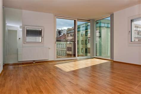 laminate wood flooring floor and decor laminate flooring atr floors and decoratr floors and decor