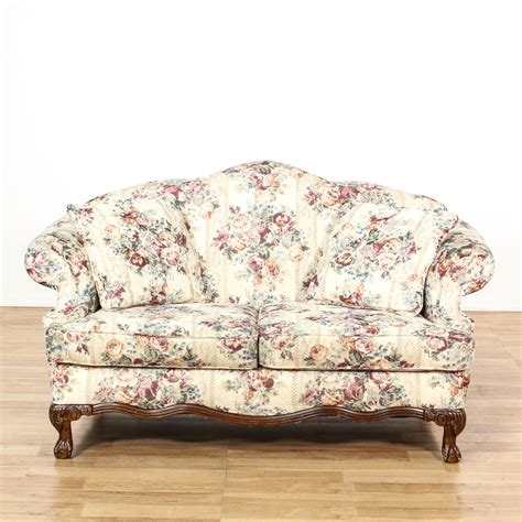 Floral And Loveseat by Curved Back White Floral Loveseat Sofa Loveseat Vintage