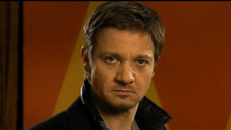 Jeremy Renner Does Pretty Woman This Week Snl Promos