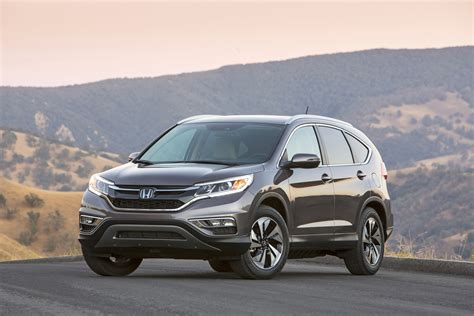 8 Safest 2016 Small Suvs