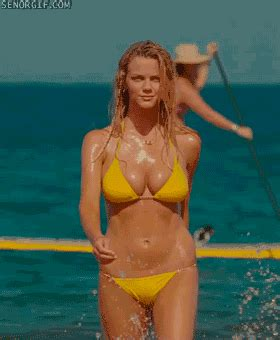 The Most Perfect Breasts Gifs You Will Ever See